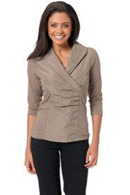 Modernes Blusen-Shirt mit edel schimmerndem Einsatz
