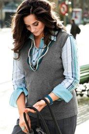 Pullunder, V-Ausschnitt, farbige Wollbänder und Ziersteine