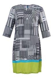 Kleid mit Farbsaum und ausgestellten Ärmeln