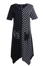 Kleid mit Taschen und Zipfelsaum