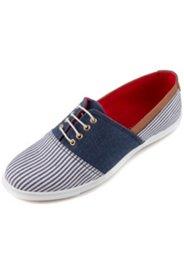 Sneaker im Maritim-Look, Weite H