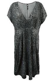 Kleid in Wickeloptik, Hauskleid