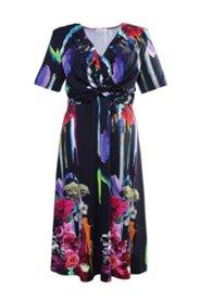 Jerseykleid, ausgestellte Form mit V-Ausschnitt