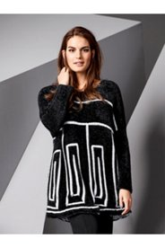 Line Pattern Sweater