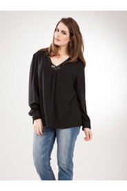 Floral Neck Embroidery Button Blouse